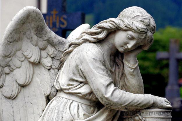 """""""Der Toten gedenken, die eigene Endlichkeit bedenken"""" – so lautet der Titel von Gedenk-Cafés zum Ewigkeitssonntag. Foto: nh"""