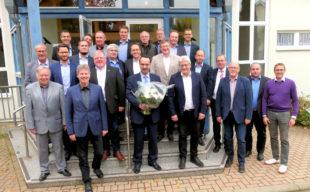 Die Kreisversammlung der Schwalm-Eder-Bürgermeister tagte unter Vorsitz von Klemens Olbrich (2.v.li. vorn). Foto: nh