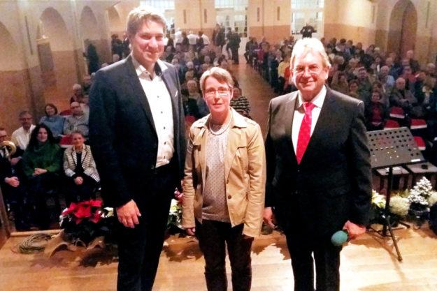 Freuten sich über den guten Zuspruch für das Benefizkonzert (v.li.): Dr. Nico Ritz, Inga Klöpfel und Jürgen Thurau. Foto: Lions Club Homberg