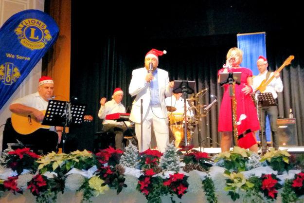 MuSix begeisterte mit klassischen und frisch arrangierten Christmas Songs. Foto: Lions Club Homberg
