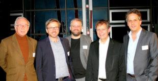 Prof. Dr. Christoph v.d. Malsburg, Oliver Bracht, Lukas Gehner, Prof. Dr. Klaus David und Dr. med. Dirk Czesnik (v.li.). Foto: nh