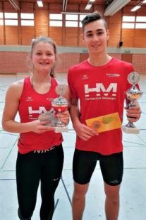 Nele Schmoll und Yannick Schleider sicherten sich die Pokale und Ehrenpreise. Foto: nh
