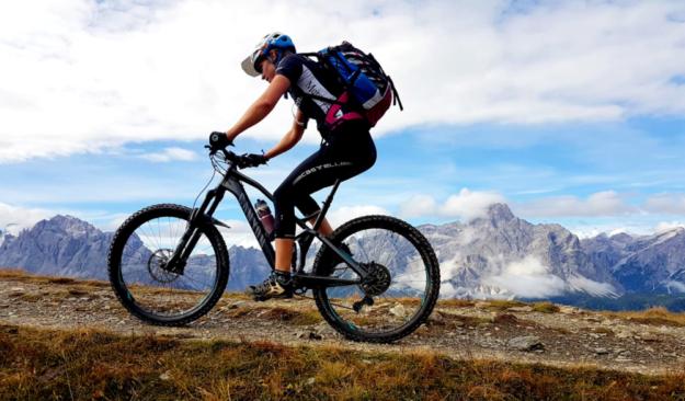 Jana Bühn trotzt den Bergen mit Kampfkraft und Zähigkeit. Foto: nh