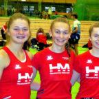 Drei schnelle Jugendsprinterinnen der MT Melsungen (v.li.): Nele Schmoll, Ella Gleimund Vivian Groppe. Foto: nh
