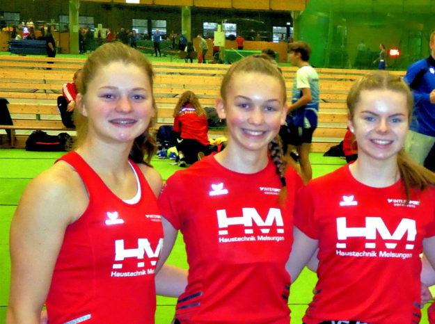 Drei schnelle Jugendsprinterinnen der MT Melsungen (v.li.): Nele Schmoll, Ella Gleim und Vivian Groppe. Foto: nh
