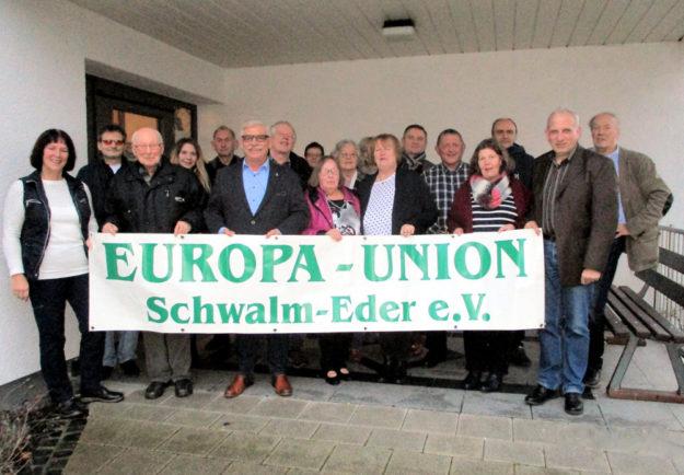 Die im Hause bereits aktiven Vereine hießen die EUROPA-UNION bei ihrer Rückkehr an die alte Wirkungsstätte willkommen. Foto: Heinz Wagner