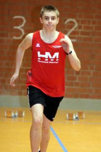 Niclas Dittmar überraschte in Hanau mit der Bronzemedaille über 300 Meter. Foto: nh