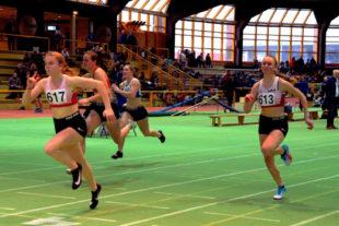 Vivian Groppe und Ella Gleim sorgten für einen Melsunger 60m-Doppelsieg in Stadtallendorf. Foto: nh