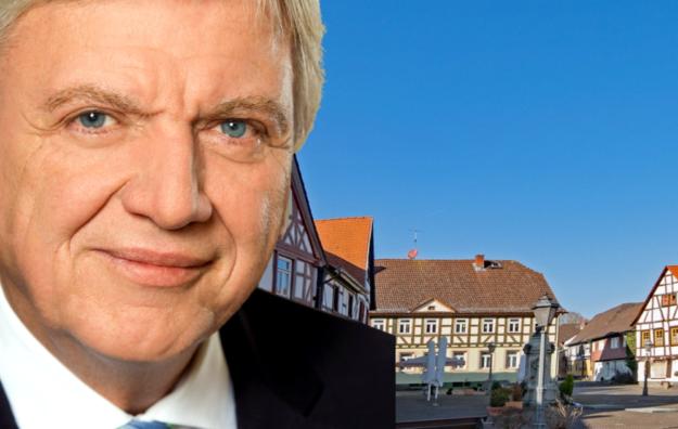 Ministerpräsident Volker Bouffier verurteilte die Bluttat von Hanau aufs Schärfste. Foto: Staatskanzlei | Montage: nh