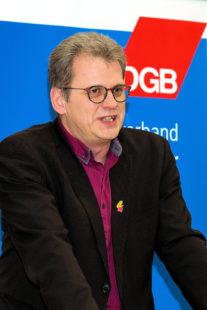 """Ver.di Tarifspezialist Stefan Röhrhoff: """"Auch ein deutlich höherer gesetzlicher Mindestlohn reicht nicht aus."""" Foto: nh"""