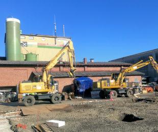 Die Bauarbeiten auf dem Gelände am Alten Bahnhof haben begonnen. Foto: nh