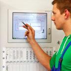 Im anspruchsvollen Beruf der Anlagenmechaniker wurden jüngst die neuen Gesellen freigesprochen. Foto: Kreishandwerkerschaft Schwalm-Eder
