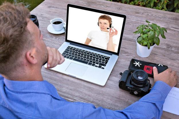 Im geschützten online-Bereich auf Zoom können angemeldete User*innen mitreden. Foto: Tumisu | Pixabay