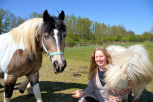 Pferdewirtschafterin Anna Leßner ist mit (ihrer) Leidenschaft in die Selbstständigkeit gestartet. Foto: VGZ Schwalm