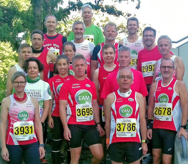 Kann endlich wieder zu harten Intervalleinheiten starten: Der Lauftreff mit den Halbmarathonläufern um Spartenleiter Reinhold Jäger. Foto: TuSpo Borken