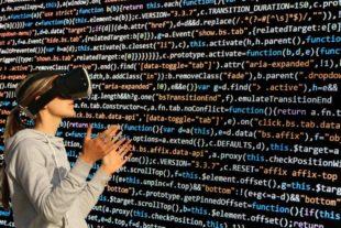 Die Digitalisierung wirft für viele Unternehmen noch Fragen auf. Antworten gibt es bei der IHK in der Region. Grafik: S. Hermann & F. Richter | Pixabay