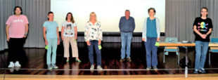 Shkodran Jonuzi, Helen Bockskopf, Stefanie Pies, Bettina Hoffmann, Hermann Häusling, Nathalie Jänner, Christoph Sippel (v.li.). Foto: Jörg Warlich