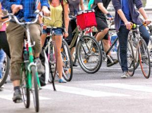 Zu einer klimafreundlichen Mobilität gehört ein deutlich zunehmender Radverkehr, sagen die Grünen. Foto: nh