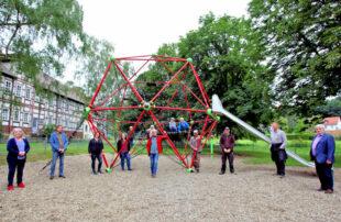 Viel Platz zum Toben: Am Donnerstag wurde der neue Spielplatz Bleichwiese in Treysa eröffnet. Foto: Michael Seeger   Stadt Schwalmstadt
