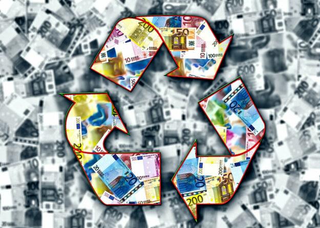 Das Programm Hessen-Mikroliquidität soll kleineren Unternehmen durch die Corona-Krise helfen. Die IHK hat nachgehakt. Montage: Gerd Altmann | Pixabay
