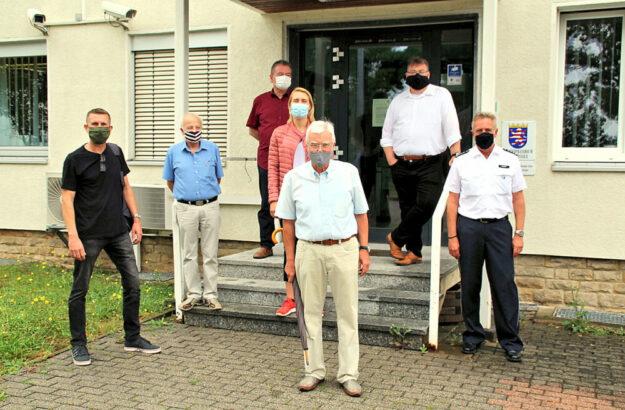 Auf Sommerbereisung stattete die CDU Fritzlar der örtlichen Polizeistation einen Besuch ab. Foto: nh