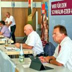 Von links: Jürgen Kaufmann, 1. Kreisbeigeordneter und Vorsitzender des Unterkreises; Volker Damm, Schriftführer SPD-Unterkreisvorstand Schwalm-Eder-Süd; Dr. Edgar Franke, MdB und Vorsitzender des Unterbezirks; und Landrat Winfried Becker im Borkener Bürgerhaus. Foto: SPD