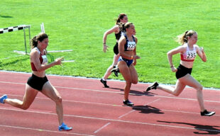 Vivian Groppe holte sich souverän den 100m-Sieg bei den Frauen. Foto: nh