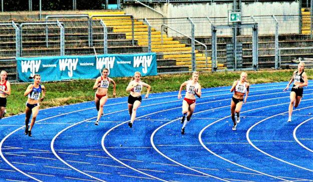 200m-Halbfinale - Vivian Groppe liegt noh etwas zurück. Foto: nh