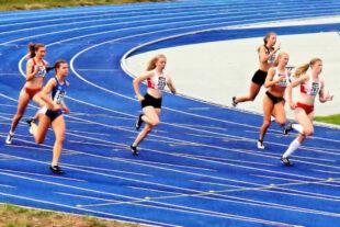 80m vor dem Ziel zündete Vivian Groppe ihren Turbo und sichert sich noch Rang zwei für das Finale. Foto: nh