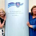 Melissa Wenderoth (li.) und Cornelia Henkel wollen Frauen zur aktiven Mitgestaltung der Kreispolitik motivieren. Foto: FREIE WÄHLER