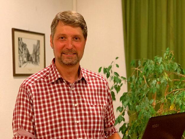 Fachmann in Fragen von Klimawandel und Energiewende: Jürgen Sapara. Foto: FREIE WÄHLER