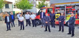 Die Indienstnahme des neuen TSF-W rief in der Gemeinde großes Interesse hervor. Foto: Willingshausen