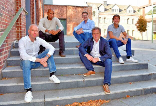 Die Initiatoren (v.li.): Prof. Dr.-Ing. Mark Junge (Limón GmbH, Präsidium VDI Nordhessen), Stefan Rötzel (Science Park), Dr.-Ing. Tobias Heidrich (IHK Kassel-Marburg, VDI-Präsidium), Prof. Dr.-Ing. Jens Hesselbach (VDI-Vorsitzender, Lehrstuhlinhaber umweltgerechte Produkte und Prozesse) und Leon Engelmeyer (Rinke GmbH, VDI-Präsidium). Foto: Harry Soremski | IHK