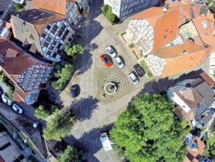 Historisches Zentrum Gudensbergs: Der Alte Markt von oben. Foto: Elisa Mand