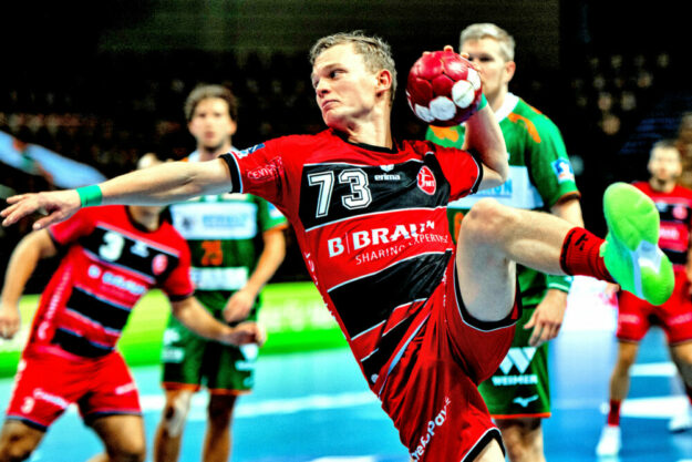 Auswärts gegen die HSG Wetzlar erwies sich Timo Kastening als bester Torschütze des Spiels. Foto: Alibek Käsler