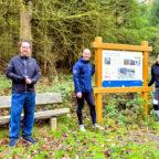 Bad Zwestens Bürgermeister Michael Köhler, Fitnesscoach und Initiator Markus Heppe sowie Natascha Rath, Leiterin der Kurverwaltung Gemeinde Bad Zwesten. Foto: Mark Pudenz