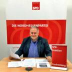 Der Gudensberger SPD Fraktionsführer und Spitzenkandidat, Michael Höhmann, steht in der virtuellen Sprechstunde Rede und Antwort. Foto: SPD