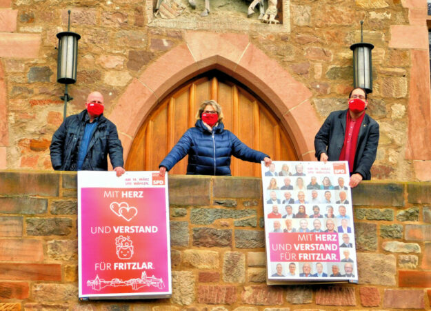 Dierk Schmietenknop, Gerlinde Draude und Mario Jungm (v.li.) wollen gemeinsam mit Gleichgesinnten ihre Heimatstadt voranbringen. Foto: nh