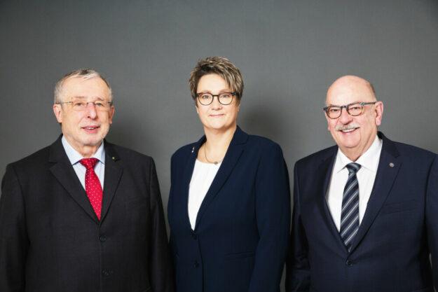 Das Beraterteam des VGZ Schwalm (v.li): Jürgen Angres, Tanja Damm und Walter Blum. Foto: Sven Riebeling | VGZ Schwalm