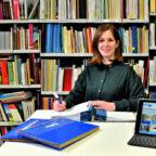 Die neue Kultur- und Partnerschaftsbeauftragte des Schwalm-Eder-Kreises Marina Saurwein. Foto: Julian Klagholz | Kreisverwaltung Schwalm-Eder