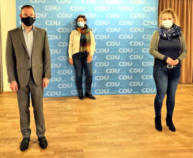 Christian Haß, Claudia Ulrich und Jana Edelmann-Rauthe (v.li.). Foto: CDU Homberg (Efze)