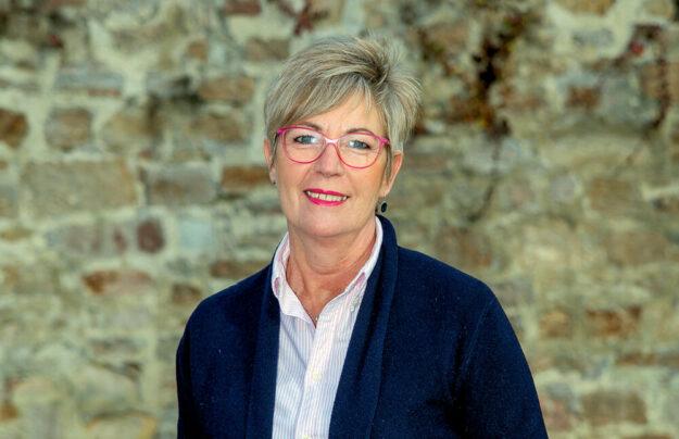 Ulrike Hund (SPD) kandidiert für das Melsunger Stadtparlament. Foto: nh