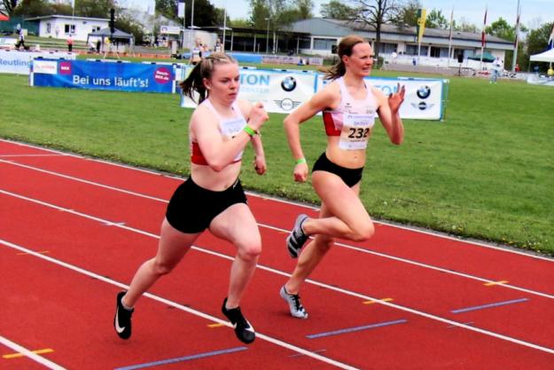 Vivian Groppe lieferte Lisa Maihöfer (Rehlingen) einen spannenden Zweikampf und setzte sich am Ende mit 18,13 zu 18,22 Sekunden knapp durch. Foto: nh