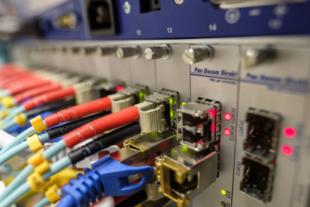 Der digitale Wandel schreitet voran. Seit heute bietet das Breitbandbüro Hessen online die Chance, sich über den Ausbaufortschritt zu informieren. Foto: Bruno /Germany   Pixabay