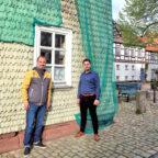 SPD-Fraktionsvorsitzender Daniel Helwig (li.) und Parteivorsitzender Patrick Gebauer haben mit Erfolg um Bundesmittel zur Sanierung des Hospitals geworben. Foto: nh