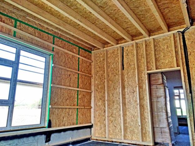 Tragwerk und Wände bestehen aus Holz aus nachhaltiger Forstwirtschaft. Foto: nh