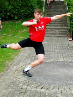 Luis André verbessert sich auf 16,56 m und nimmt damit Rang fünf in der deutschen U18-Bestenliste ein. Foto: nh