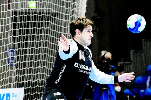 Im Auswärtsspiel gegen den TVB Stuttgart (letztes Saisonspiel) ging die MT Melsungen bei Gleichstand aus der Halle. Einer der auffälligsten Akteure war Torhüter Nebojsa Simic. Foto: Heinz Hartung