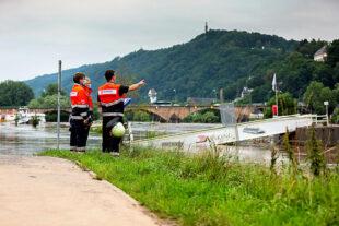 Hochwasser-Einsatz in der Süd-Eifel und an der Mosel. Die Kräfte der Malteser helfen bei der Evakuierung, bei der medizinischen Versorgung verunglückter oder kranker Menschen und errichten Notunterkünfte. Foto: Thomas Häfner | Malteser