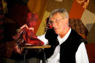 Das tapfere Schneiderlein mit Stefan Becker vom Spielraumtheater. Foto: Jutta Damaschke